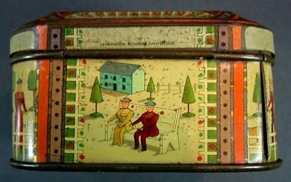 Christmas Tins 089.JPG